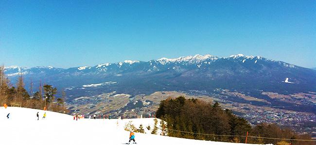 冬の山の上、こんな世界が待っています。